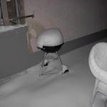 Grill und Gartenmöbel voll Schnee